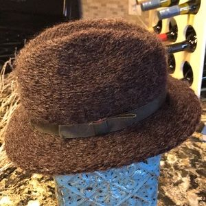 Vintage Wool Blend Hat (size small)
